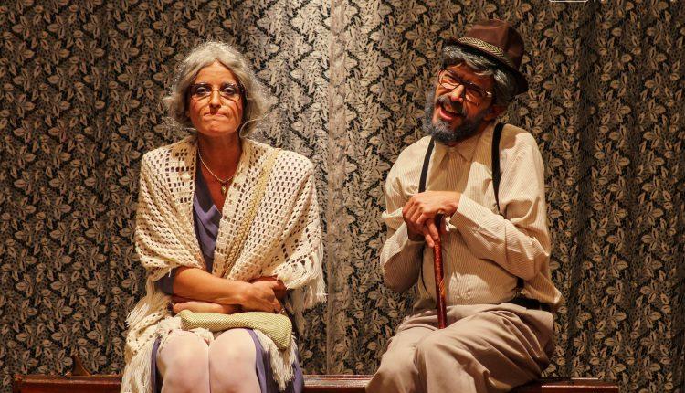 """Grupo Já leva """"Vô Romeu & Vó Julieta"""" ao Teatro Municipal neste sábado, dia 25"""