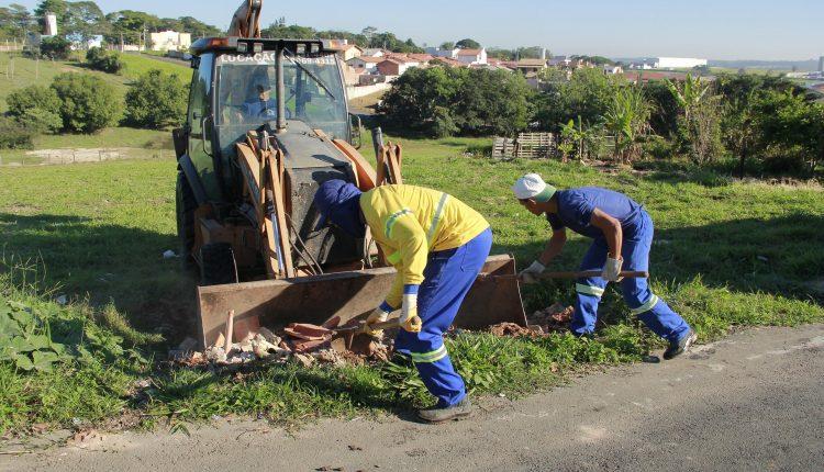 Equipes de limpeza visitam bairros Zambon, Europa, Sílvio Rinaldi, São José e Boa Vista