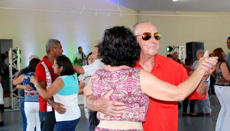 Baile da Melhor Idade será realizado nessa quinta-feira