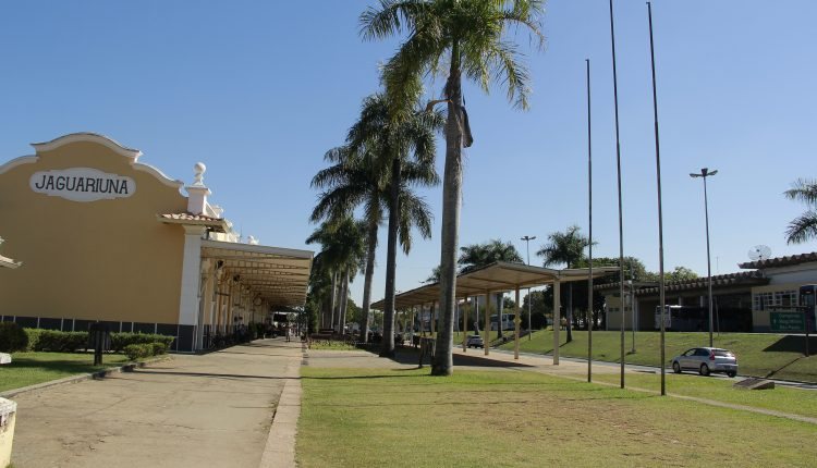 Prefeitura realiza revitalização do jardim do Centro Cultural