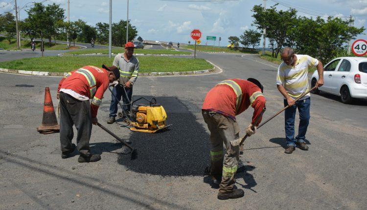 Ação da Prefeitura levou Operação Tapa-buracos a vários bairros esta semana