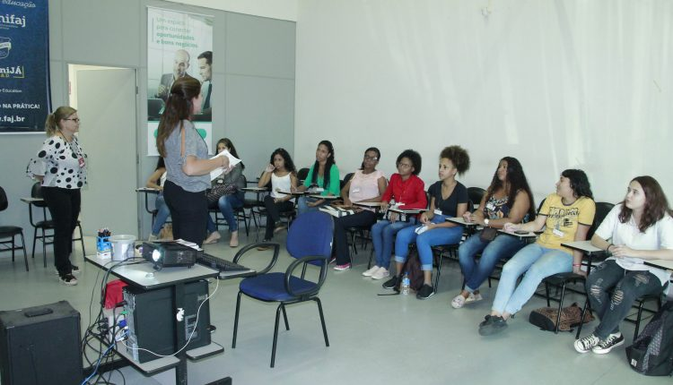 """PAT de Jaguariúna faz parcerias e inicia mais um curso com jovens no """"Time do Emprego"""""""