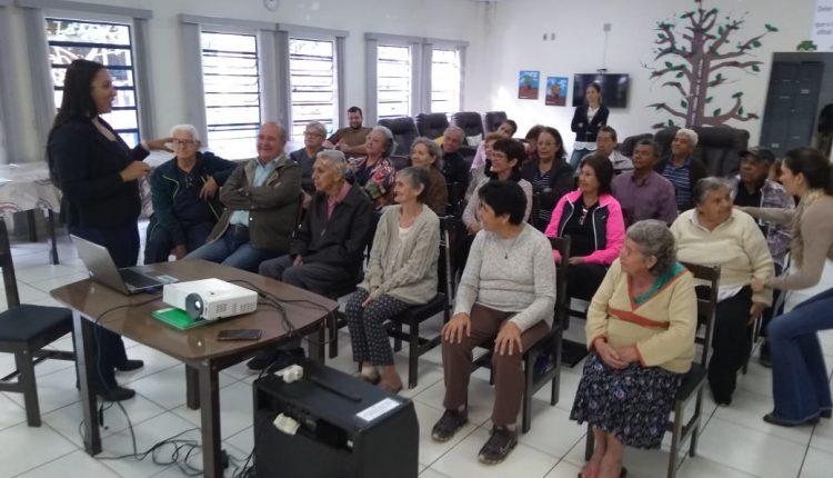 Palestra sobre boa alimentação fecha ações de conscientização e combate à violência contra idosos em Jaguariúna
