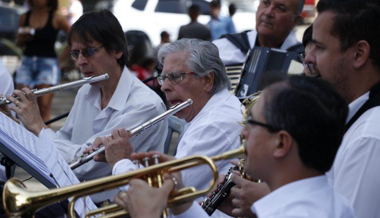 BANDA MUNICIPAL APRESENTA NOITE DE GALA NO TEATRO MUNICIPAL DE JAGUARIÚNA