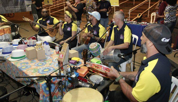 Samba no Parque acontece neste domingo no Parque dos Lagos